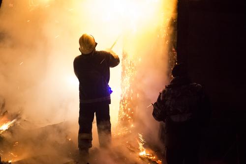 Firefighters shutterstock_128296118