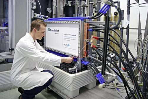vanadium flow battery