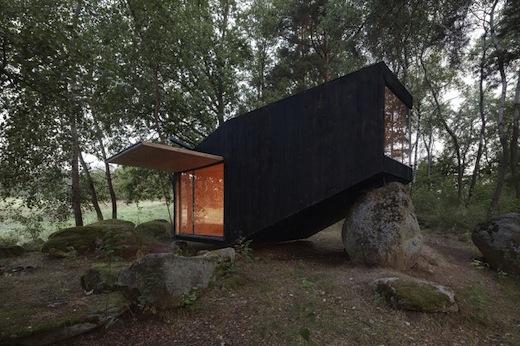 forest_retreat_uhlik_architekti