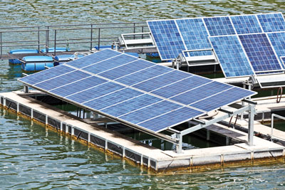 Floating-solar-array-(Cut-1)